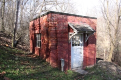 Historic Well House (1932)
