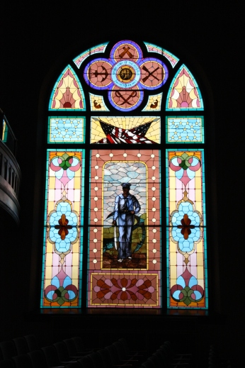Soldier stained glass at Lincoln Hall